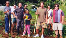 garden-volunteers-01